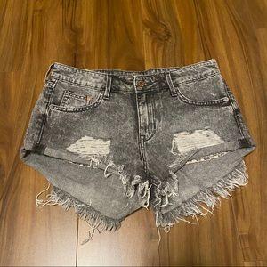 ⬇️ H&M &Denim Shorts